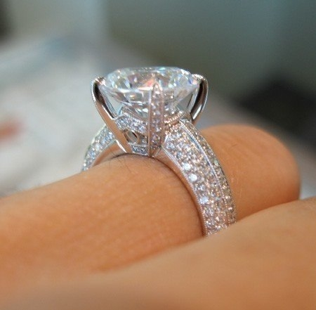 Huge Diamond Ring Pictures Photos and Images for Facebook Tumblr