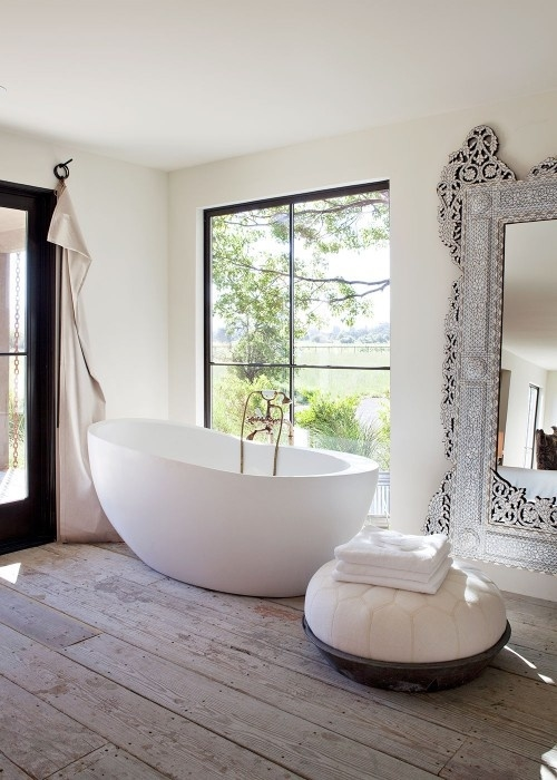 Gorgeous unique bathroom design pictures photos and for Ouverture pvc