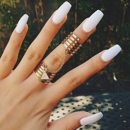 White long nailsWhite Matte Nails