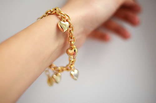 gold heart bracelet pictures photos and images for