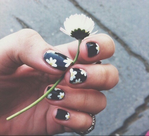 Vintage Nails: Daisy Vintage Nails Pictures, Photos, And Images For