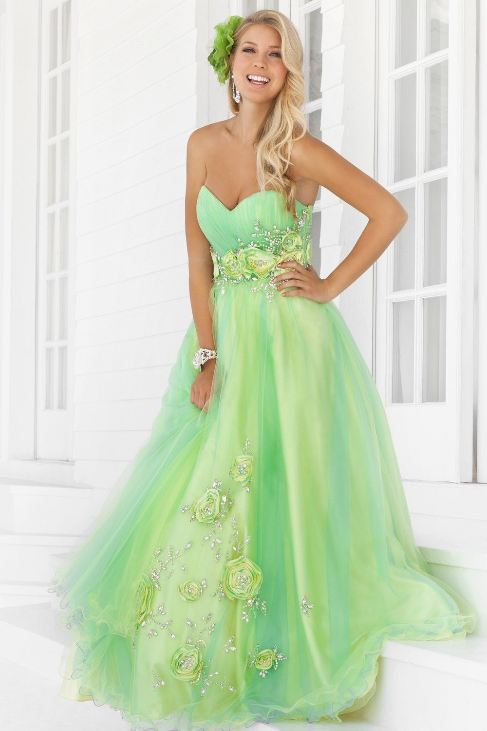Pretty light green strapless dress pictures photos and for Light green wedding dress