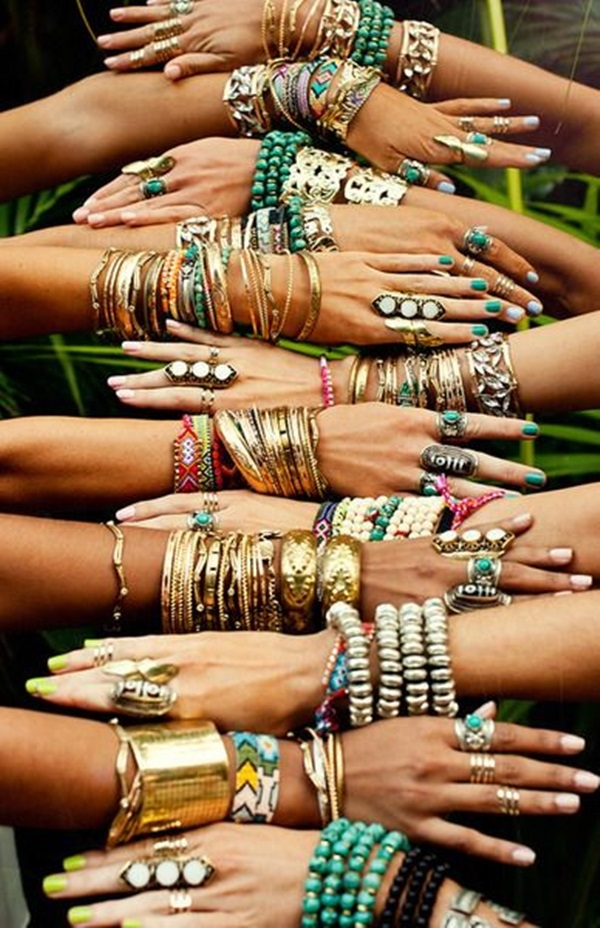 Hands Adorned With Bangles & Rings Pictures, Photos, and Images ...
