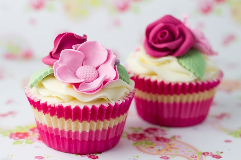 Pretty pink flower cupcakes pictures photos and images for pretty pink flower cupcakes mightylinksfo Gallery