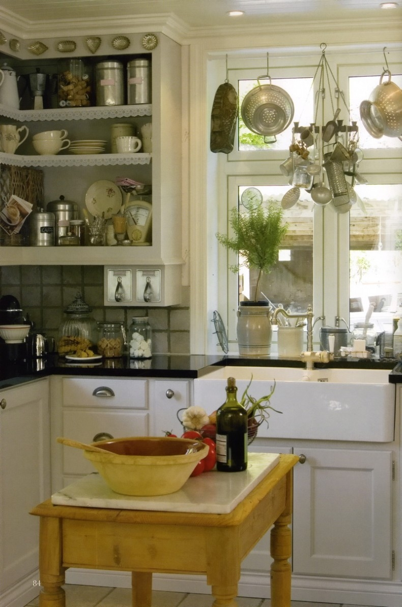 classic country kitchens classic country kitchen pictures photos and images for 2220