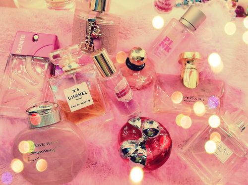 Perfume Bottles Pictur...