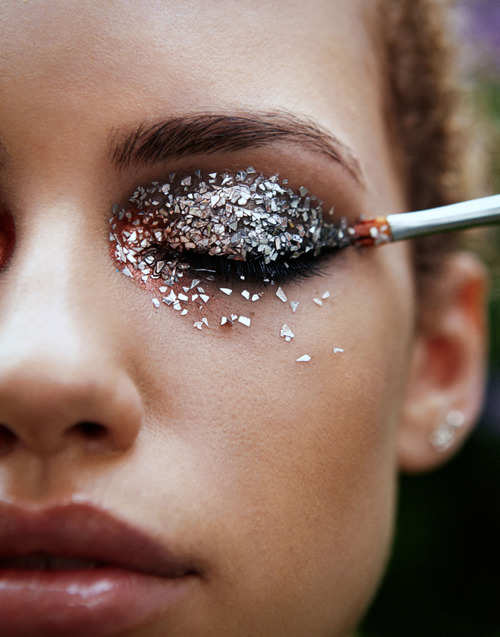 Glittery Eye Makeup Pictures Photos And Images For Facebook