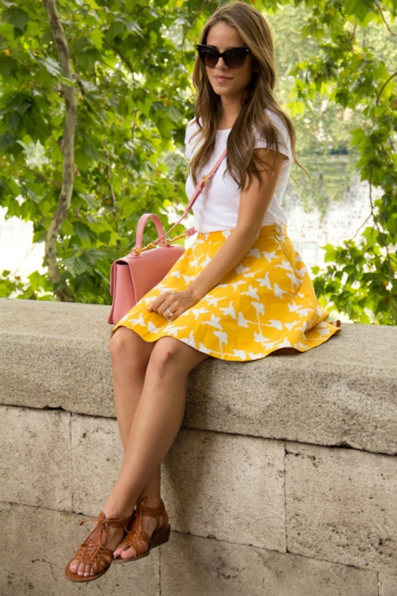 short funny valentines day quotes for friends - Short Yellow Skirt & T Shirt With Sandals s