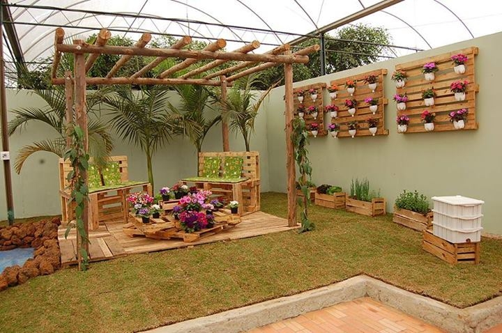 diy pallet garden decoration pictures photos and images for facebook tumblr pinterest and. Black Bedroom Furniture Sets. Home Design Ideas