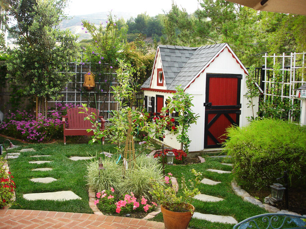 backyard with playhouse shed pavers pictures photos. Black Bedroom Furniture Sets. Home Design Ideas