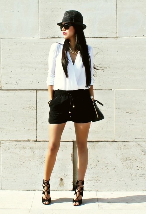 Black Amp White Skorts Outfit With Strappy Ankle Wrap