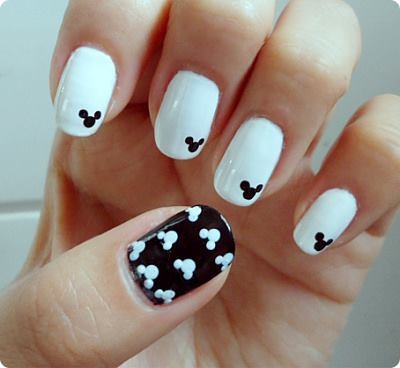 Mickey Mouse Nails Pictures Photos And Images For Facebook Tumblr Pinterest And Twitter
