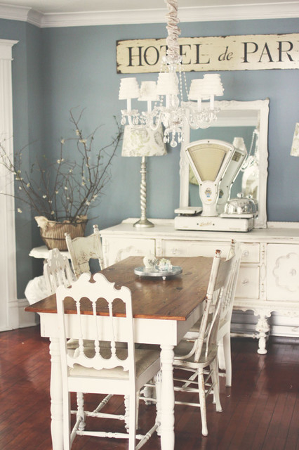 French shabby chic dining room pictures photos and for French country wall paint colors