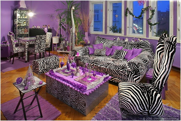 Zebra stripes purple accent living room pictures photos for Room decor zebra print