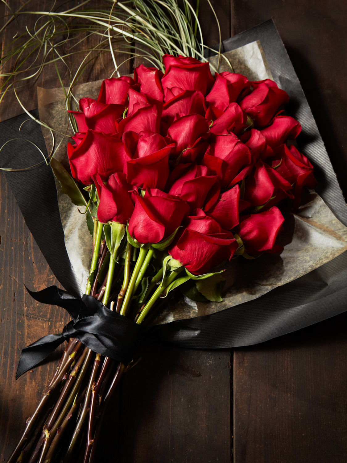 Beautiful red roses pictures photos and images for facebook beautiful red roses izmirmasajfo
