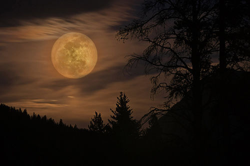 Eerie full moon