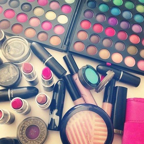 Accessories makeup