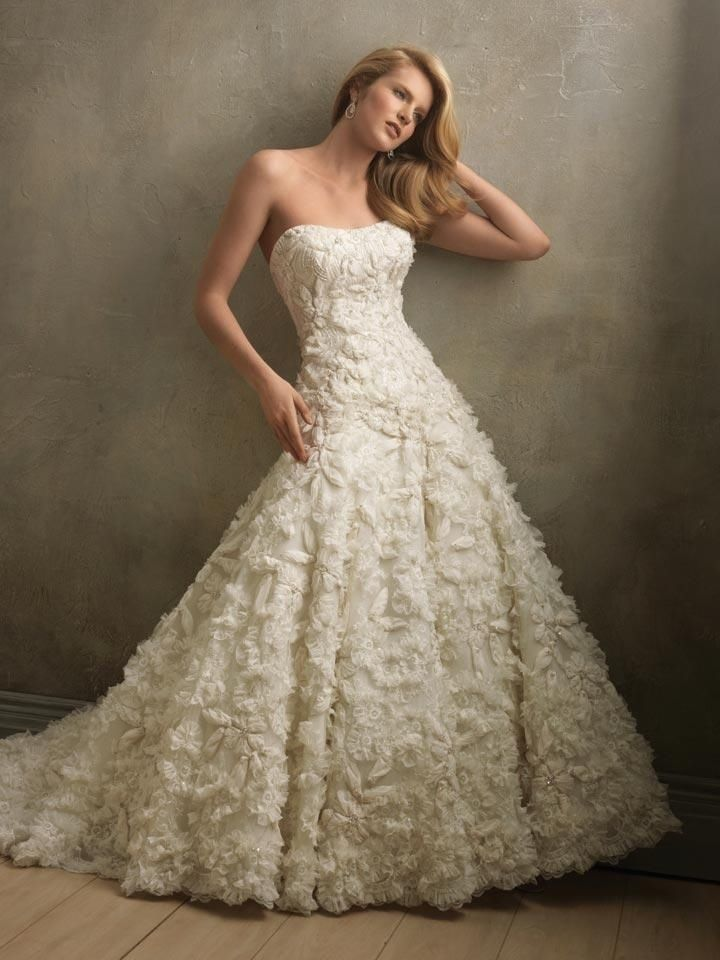 Strapless Ruffled Vintage Wedding Gown Pictures, Photos, and Images ...