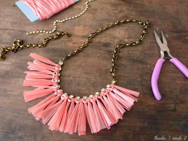 DIY Raffia Necklace Pictures, Photos, and Images for