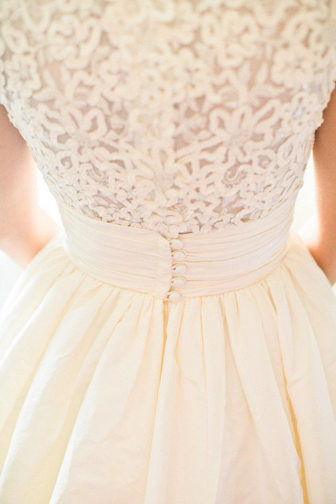 back of wedding dress detail pictures photos and images for facebook tumblr pinterest and. Black Bedroom Furniture Sets. Home Design Ideas