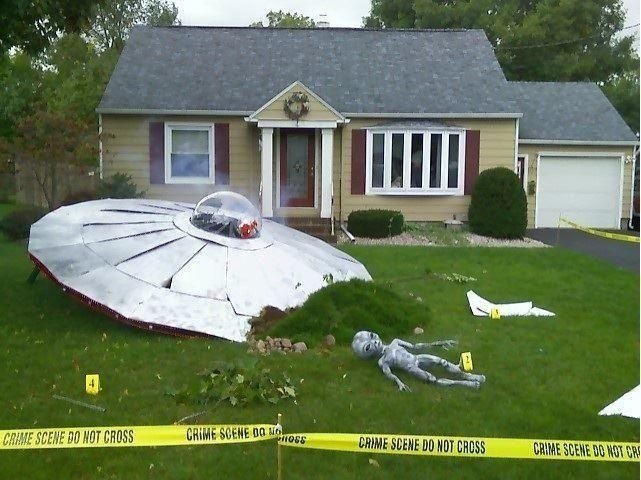 Ufo crash site halloween yard decoration pictures photos and images for facebook tumblr - House decorating sites ...