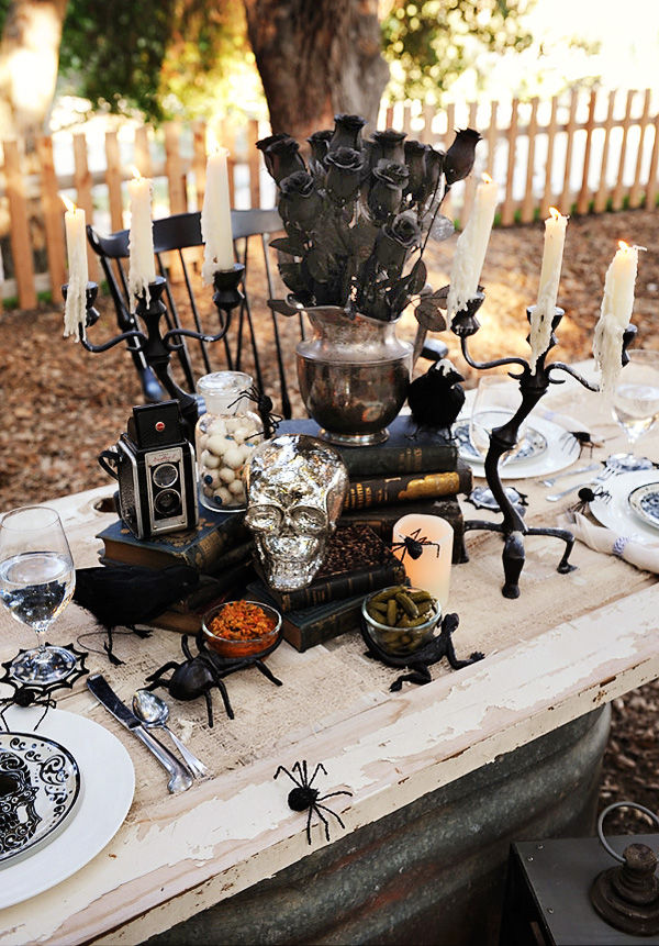 Spooky halloween centerpiece pictures photos and images for Halloween table centerpiece ideas