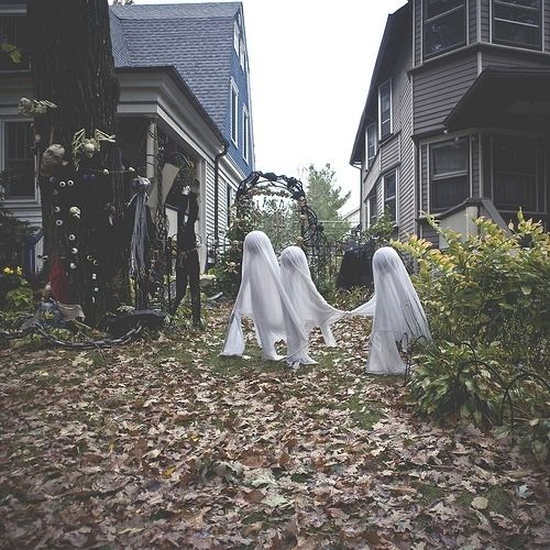 Creepy Halloween Homes Pictures, Photos, And Images For
