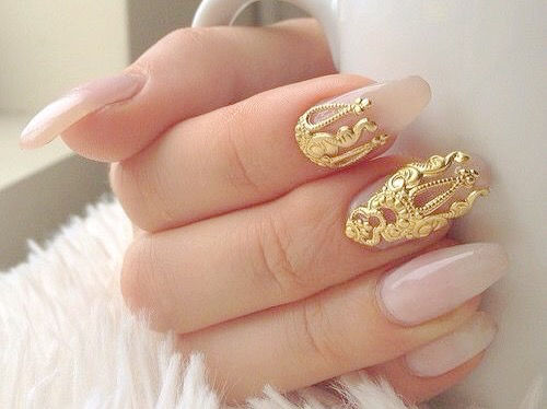 Soft Pink Nails Adorned With Gold Nail Art Pictures Photos And