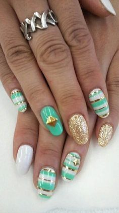 Teal Green White Gold Glitter Nail Design Pictures Photos And