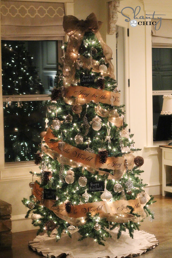 Joy to the world christmas tree pictures photos and - Arboles de navidad decorados ...