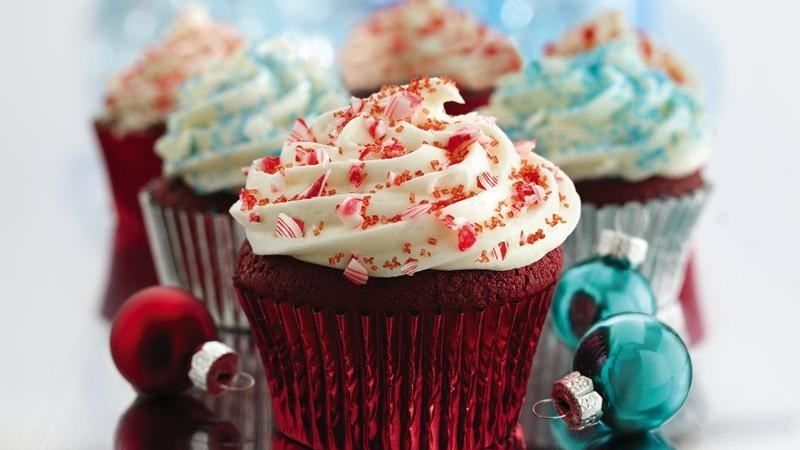 Red Velvet Christmas Cupcakes Pictures, Photos, and Images ...