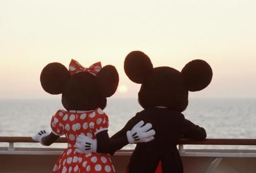 Mickey And Minnie Mouse Pictures Photos And Images For