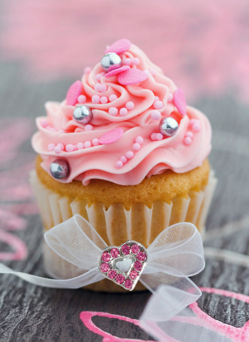 Pretty Pink Cupcake Pictures Photos And Images For Facebook