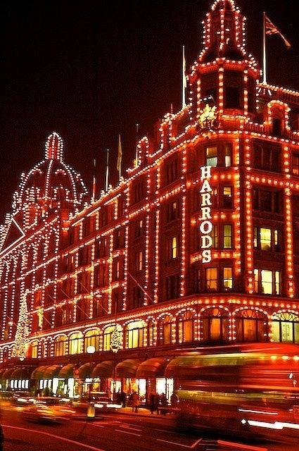 Christmas Lights At Harrods In London Pictures Photos And Images For Facebook Tumblr