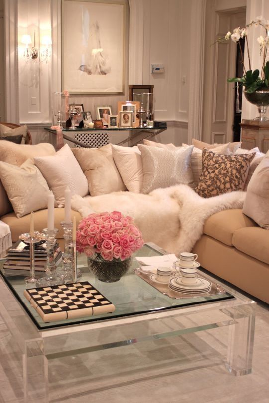 Romantic living room pictures photos and images for for Decor glamour