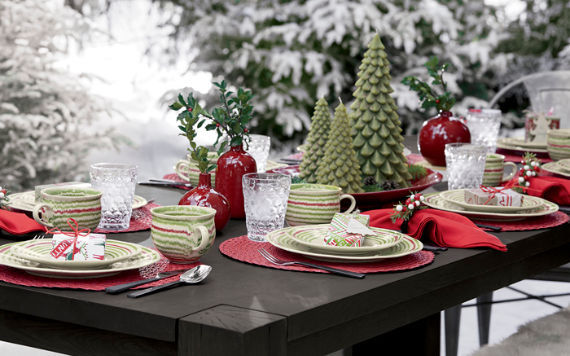 beautiful christmas table decor pictures photos and images for facebook tumblr pinterest. Black Bedroom Furniture Sets. Home Design Ideas