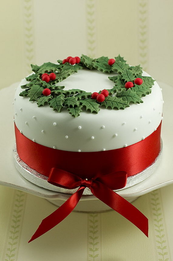 Beautiful Christmas Wreath Cake Pictures Photos And