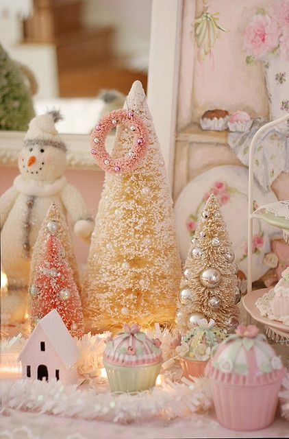 pretty pink christmas decorations