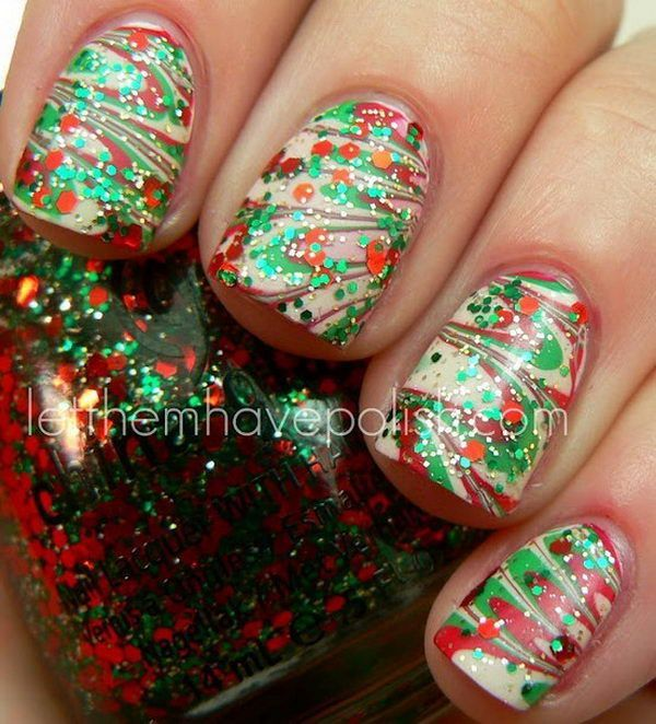 Pretty Christmas Nails