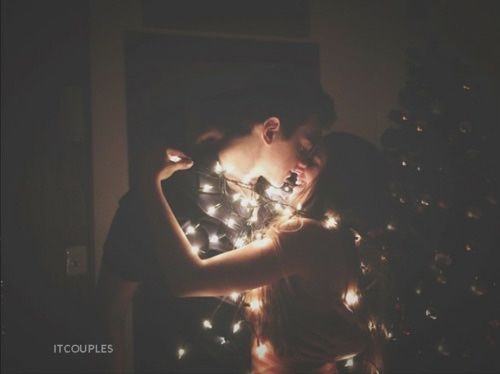 Christmas Kiss Pictures Photos And Images For Facebook