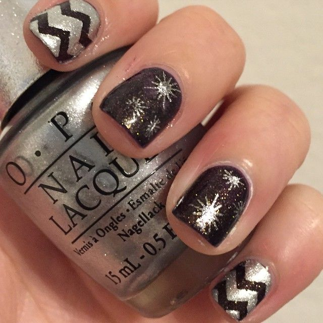 Black And Silver New Year\'s Eve Nails Pictures, Photos, and Images ...