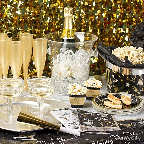 New Year's Eve Party Table Pictures, Photos, and Images ...