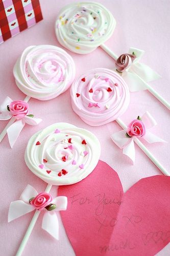 Meringue Lollipops For Valentine S Day Pictures Photos And Images