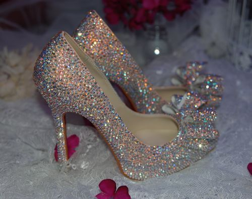 Wedding Heels With Rhinestones: Sparkling Glitter Pumps Pictures, Photos, And Images For