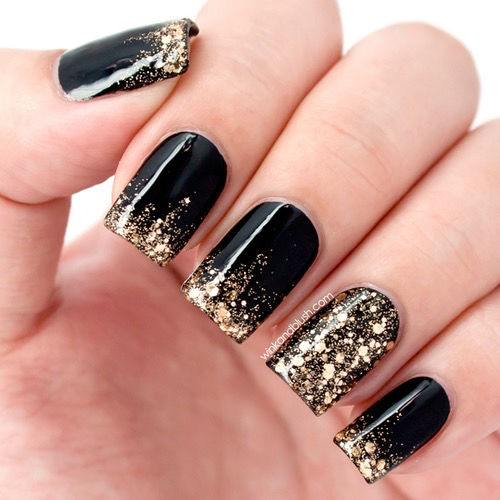 Black Golden Glitter Nails