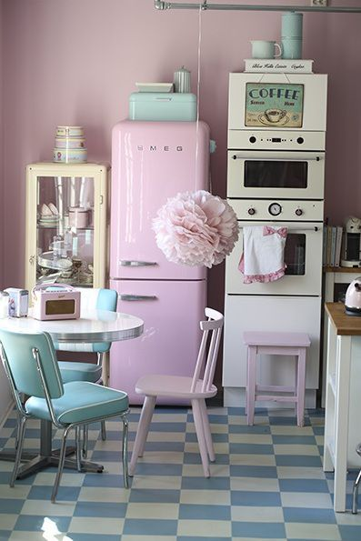 pastel vintage kitchen pictures photos and images for facebook tumblr pinterest and twitter. Black Bedroom Furniture Sets. Home Design Ideas