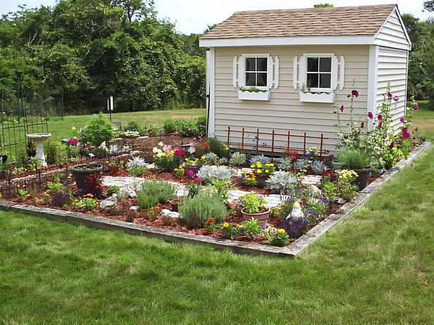 Pretty flower garden garden shed pictures photos and for Pinterest outdoor garden rooms