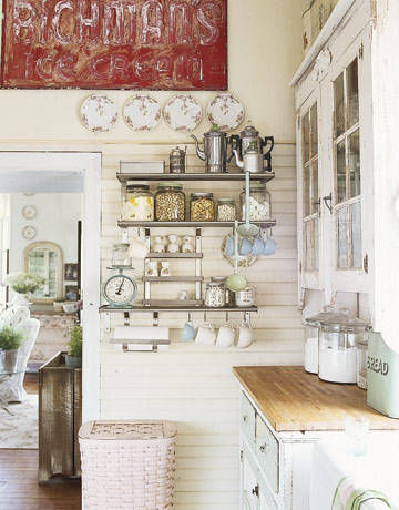Rustic kitchen with open shelves pictures photos and - Vajilla shabby chic ...