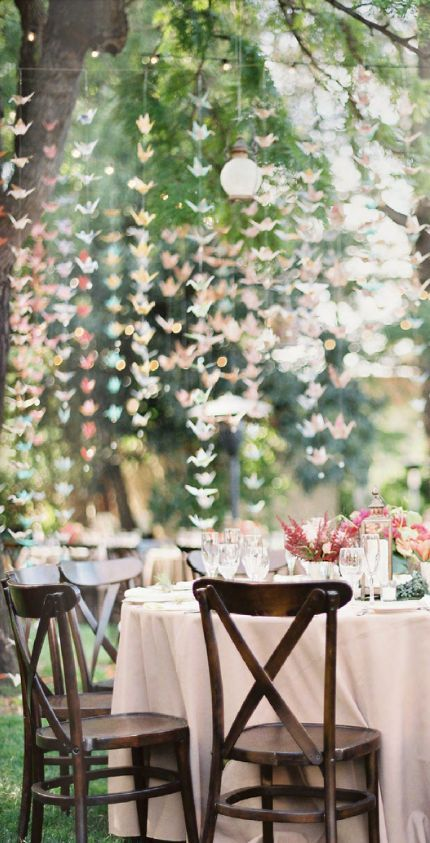 Wedding party origami paper cranes pictures photos and for 1000 paper cranes wedding decoration