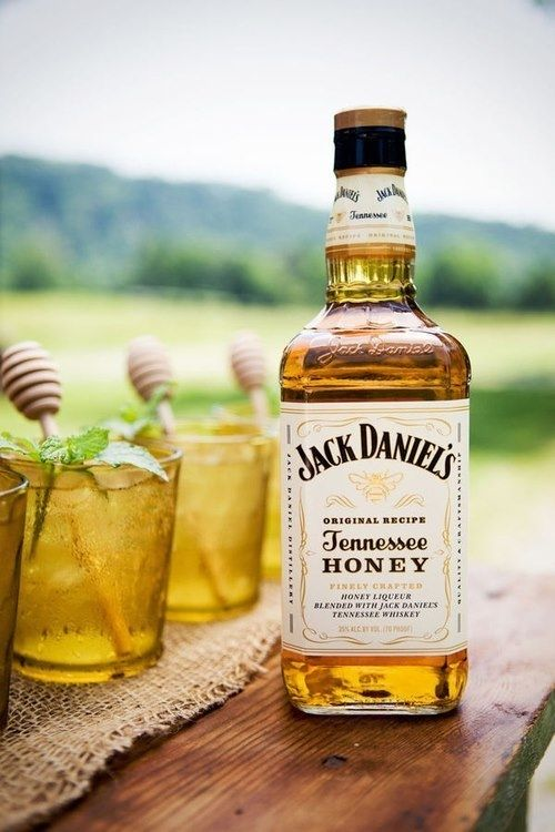 Jack daniels tennessee honey pictures photos and images for Cocktail whisky miel